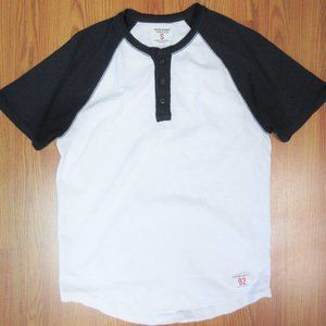 ABERCROMBIE & FITCH  100% COTTON HENLEY SHIRT